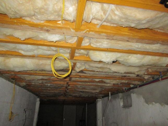 Basement insulation.JPG