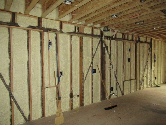 Kitchen wall insulated.JPG